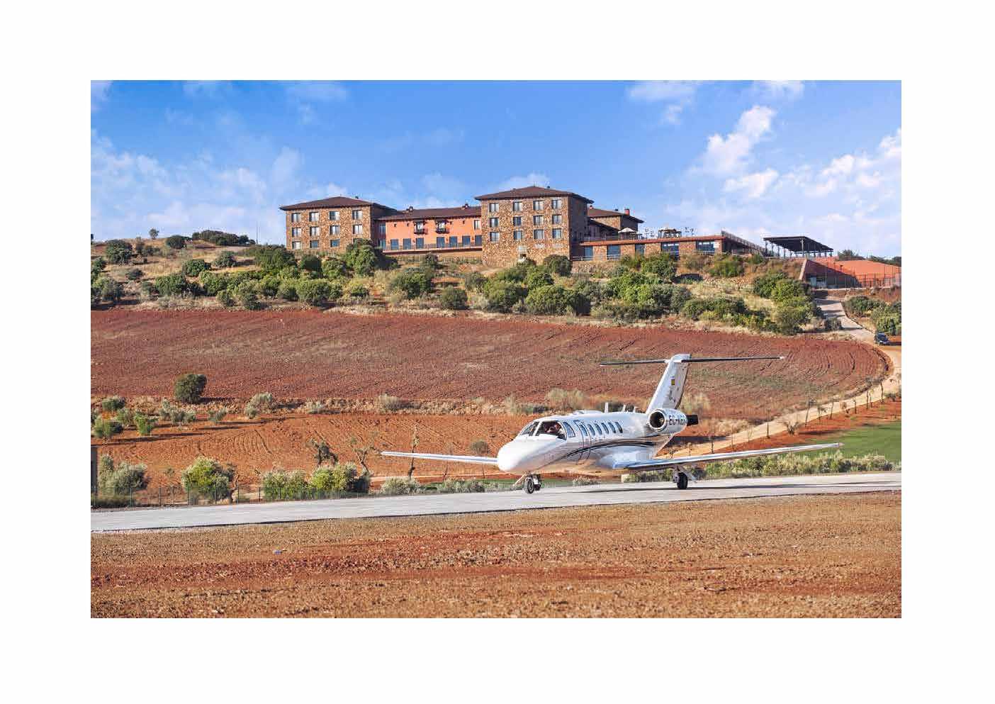 Aeródromo la Caminera pista y hotel