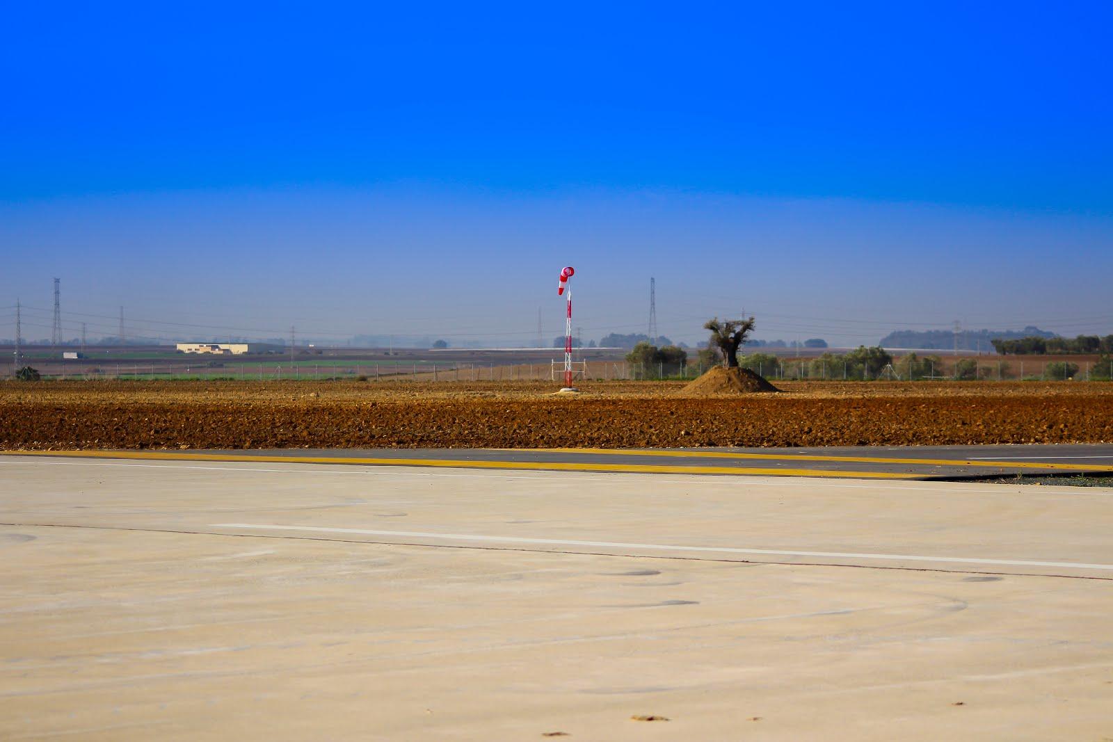 aerodromo-utrera-manga-viento